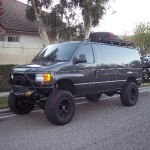 Vanaconda-2006-E350-4x4-with-rood-rack-and-bike-rack